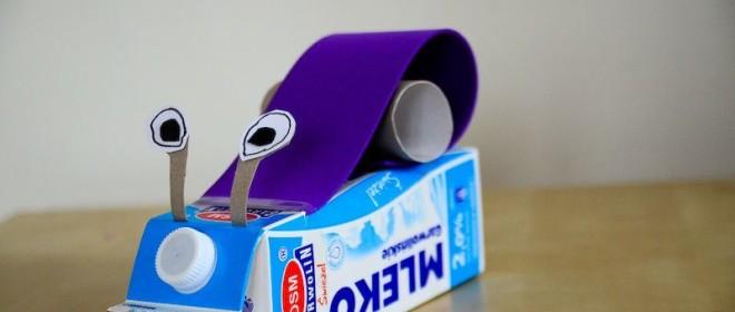 Ślimak z kartonu po mleku
